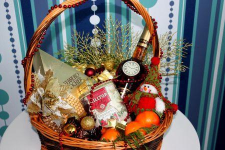 Подарочные корзины, продуктовые подарочные корзины.