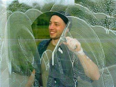 Как заработать на мытье окон.