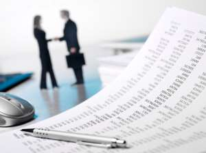iStock_000016144742_Small - financial-figures-in-agreement