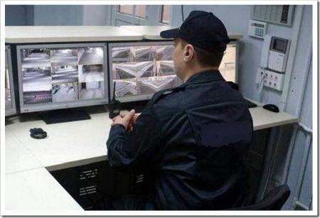 Тревожная кнопка или охрана на месте